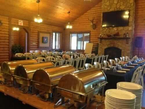 fishing lodge all inclusive lodge meals in Manitoba
