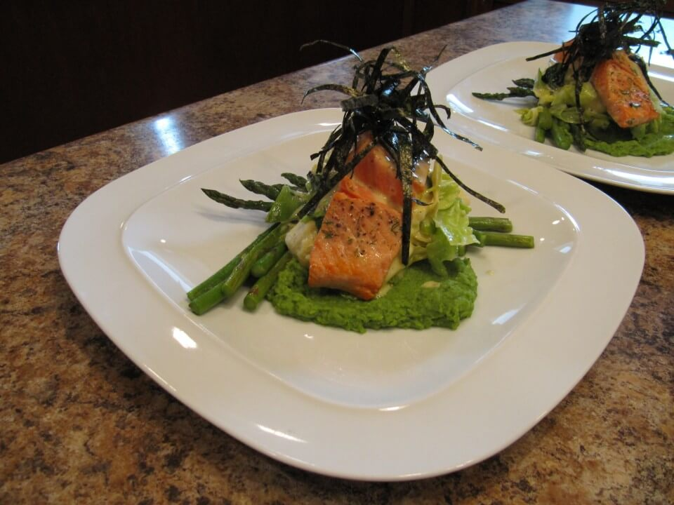 Vancouver Island/Gulf Islands fishing lodge all inclusive lodge meals in BC