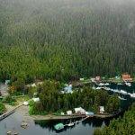 Water's Edge Lodge Alaska fishing lodge image6